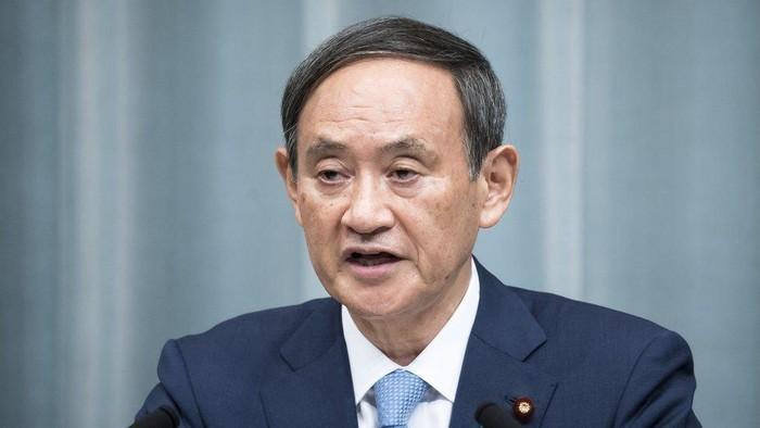 Langgar aturan virus corona yang dibuat pemerintahannya sendiri, PM Jepang Yoshihide Suga menyatakan sangat menyesal
