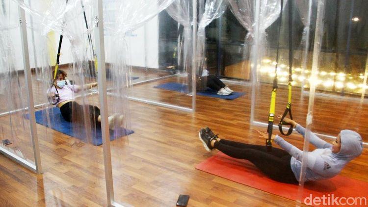Menengok Latihan Senam TRX di Tengah Pandemi
