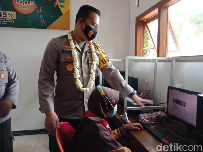 Rumah Pintar Jadi Solusi Belajar Anak-anak di Desa Sulit Sinyal Internet