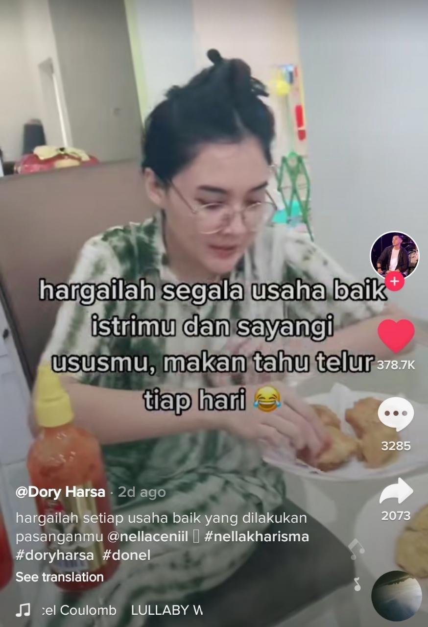 So Sweet! Nella Kharisma Rela Ngulek Sambal Pagi-pagi Buat Dory Harsa