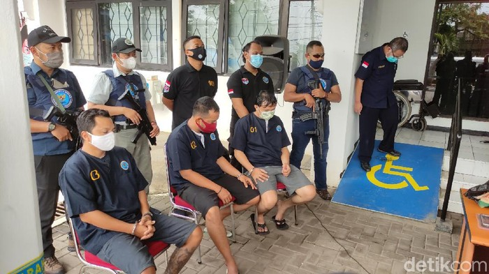 Tiga pengedar sabu yang dibekuk BNNP Jateng, salah satunya anggota polisi di Wonosobo