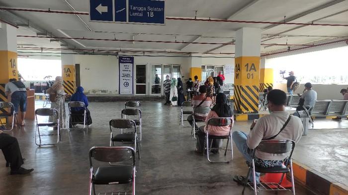 Layanan Rapid Test Antigen di Bandara Ahmad Yani Semarang