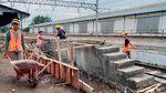 Pembangunan Peron Baru KRL di Stasiun Ceper Klaten Dikebut