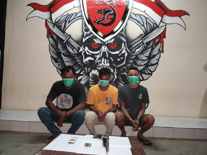 Residivis doyan aksi koboi di Bima ditangkap Tim Puma Polres Bima Kota karena kerap bikin resah warga (dok. Istimewa