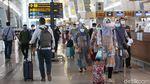Sambut Libur Nataru, Penumpang Mulai Wara-wiri di Bandara Soetta