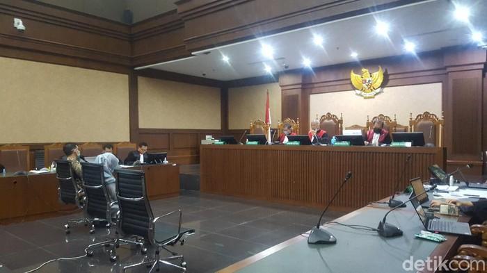 Sidang kasus suap-gratifikasi eks Sekretaris MA Nurhadi