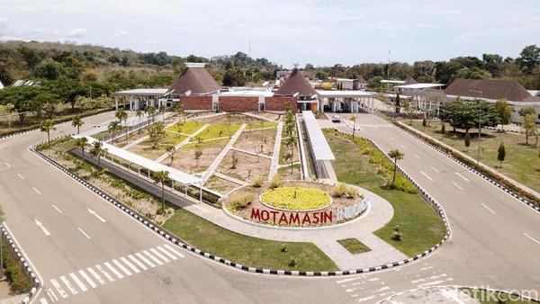 Bukan hanya menjadi ikon Kabupaten Malaka, hadirnya PLBN Motamasin membawa dampak ekonomi bagi masyarakat sekitar.