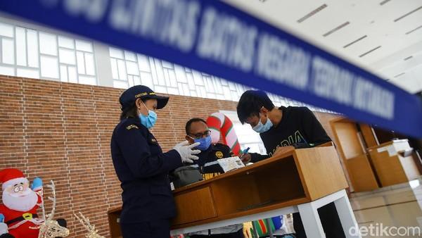 PLBN Motamasin yang berbatasan langsung dengan Timor Leste menerapkan aturan baru bagi mereka yang keluar masuk selama pandemi virus Corona.