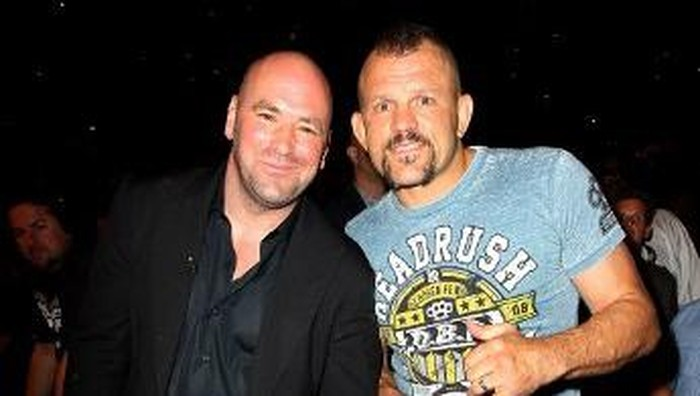 LAS VEGAS, NV - JULY 7: (L-R) Dana White and Chuck Liddell in attendance during UFC 148 inside MGM Grand Garden Arena on July 7, 2012 in Las Vegas, Nevada.   Jeff Bottari/Zuffa LLC via Getty Images/AFP