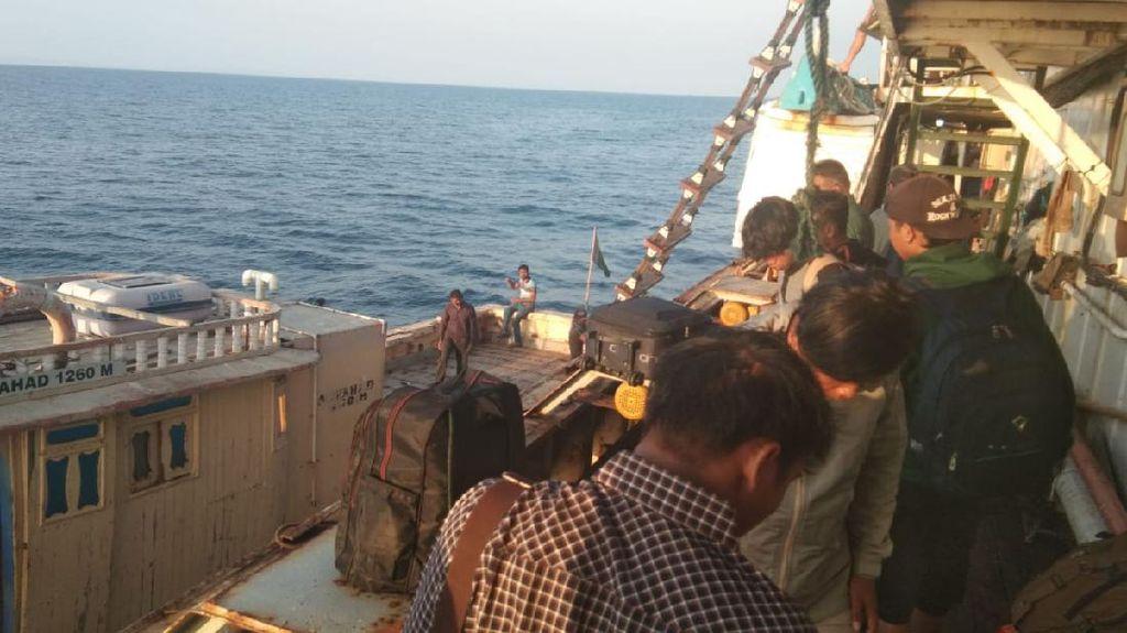 Tiba di RI, Jenazah ABK WNI Meninggal di Kapal China Dibawa ke Cirebon