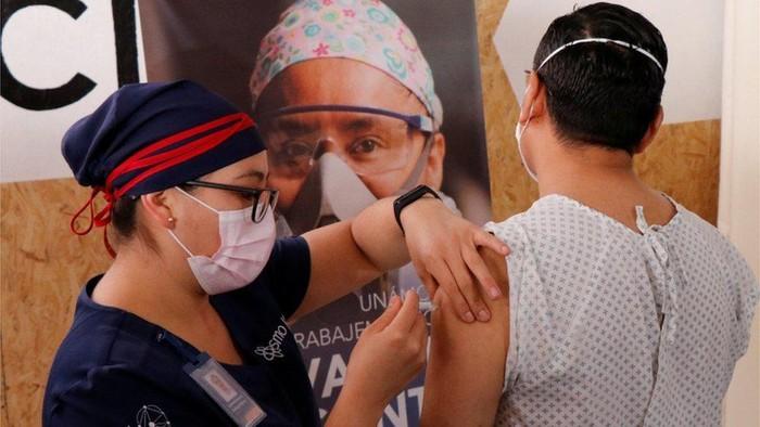 Covid-19: Negara kaya dan miskin bersaing untuk dapatkan vaksin, jelas akan ada saling sikut dan dorong