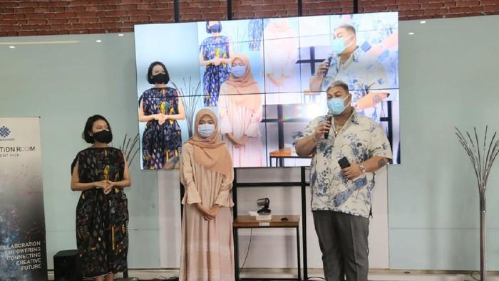 Desainer Kondang Ivan Gunawan mengapresiasi Kementerian Ketenagakerjaan yang dinilai sukses menyelenggarakan Fashion Design Competition Kemnaker 2020