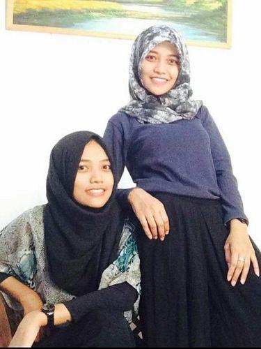 Saudara kembar Dwi Asmitasari (mitta) dan Eka Setiososari viral di TikTok