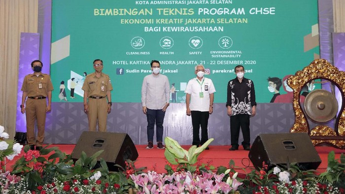 Kemenparekraf gelar Bimtek program Cleanliness, Health, Safety and Environmental Sustainability (CHSE). Hal ini untuk menstimulus sektor pariwisata.