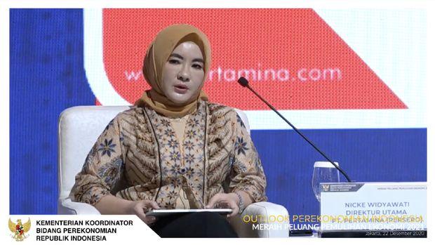 Direktur Utama Pertamina,Nicke Widyawati dalam acara Outlook Perekonomian Indonesia 2021. (Tangkapan Layar Youtube PerekonomianRI)