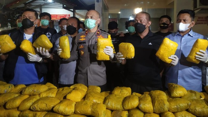 Jaringan Narkoba Ditangkap di Petamburan, 201 Kg Sabu Disita