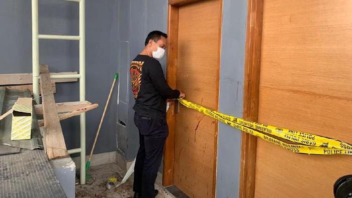 Polisi Olah TKP Kasus Viral Dokter Dianiaya Sekuriti Hotel di Jakbar