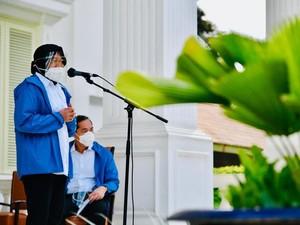 Jaket Biru Menteri Baru Jokowi Jadi Viral, Inikah Mereknya?