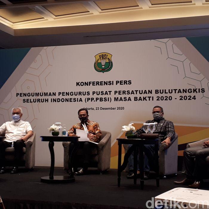 Ketum PBSI, Agung Firman Sampurna, mengungkap alasan memilih Kabareskrim Komjen Listyo Sigit Prabowo menjadi Sekretaris Jenderal.