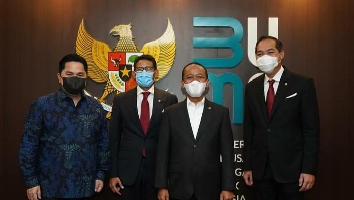 Foto lawas 3 sekawan Erick Thohir, Sandiaga Uno dan M Lutfi yang kini di kabinet Presiden Jokowi (Instagram Erick Thohir).