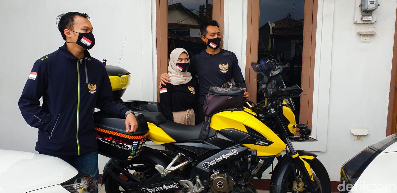 Bambang Sukmana (44), seorang warga Kota Cimahi, bakal bertolak ke Mekkah menunaikan ibadah haji menggunakan motor alias solo riding.
