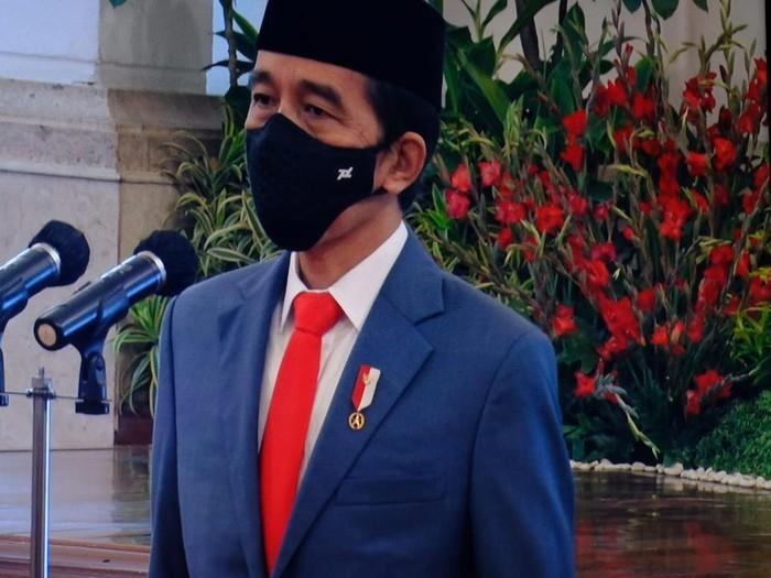Jokowi lantik 6 menteri dan 5 wamen di Istana Negara (Foto: Andhika/detikcom)