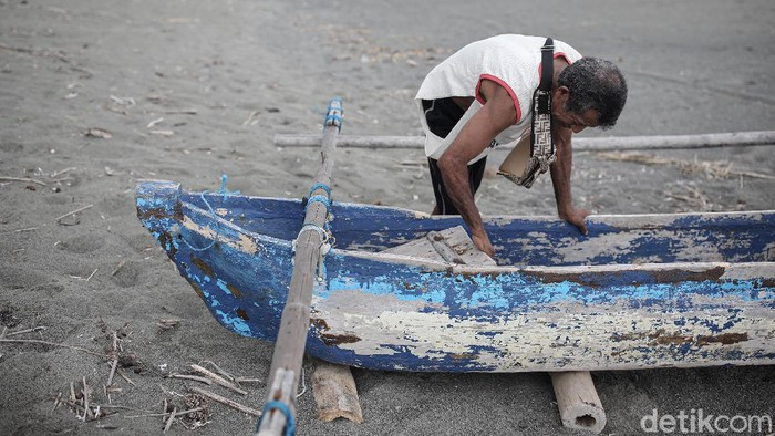 Di tengah keterbatasan, para nelayan di Kabupaten Malaka, Timor Tengah Selatan, NTT masih bisa mengembangkan usahanya melalui pinjaman KUR Super Mikro dari BRI.