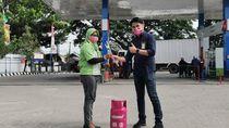 Hari Ibu, Pertamina Bagi LPG Gratis ke Pelanggan Pertamax di Sulawesi