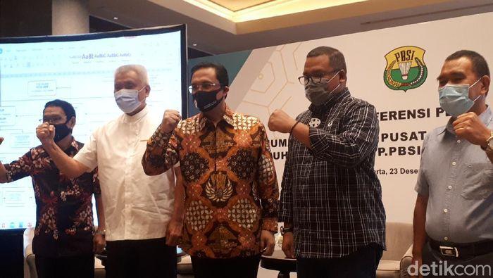 Ketua umum PP PBSI, Agung Firman Sampurna, mengumumkan susunan kepengurusan periode 2020-2024. Susunan lengkapnya ada di bawah ini.