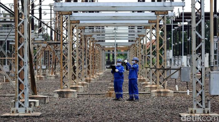 PLN memastikan keandalan pasokan listrik saat Nataru. Masa siaga perayaan Nataru kali ini mulai pada 24 Desember 2020 hingga 2 Januari 2021.