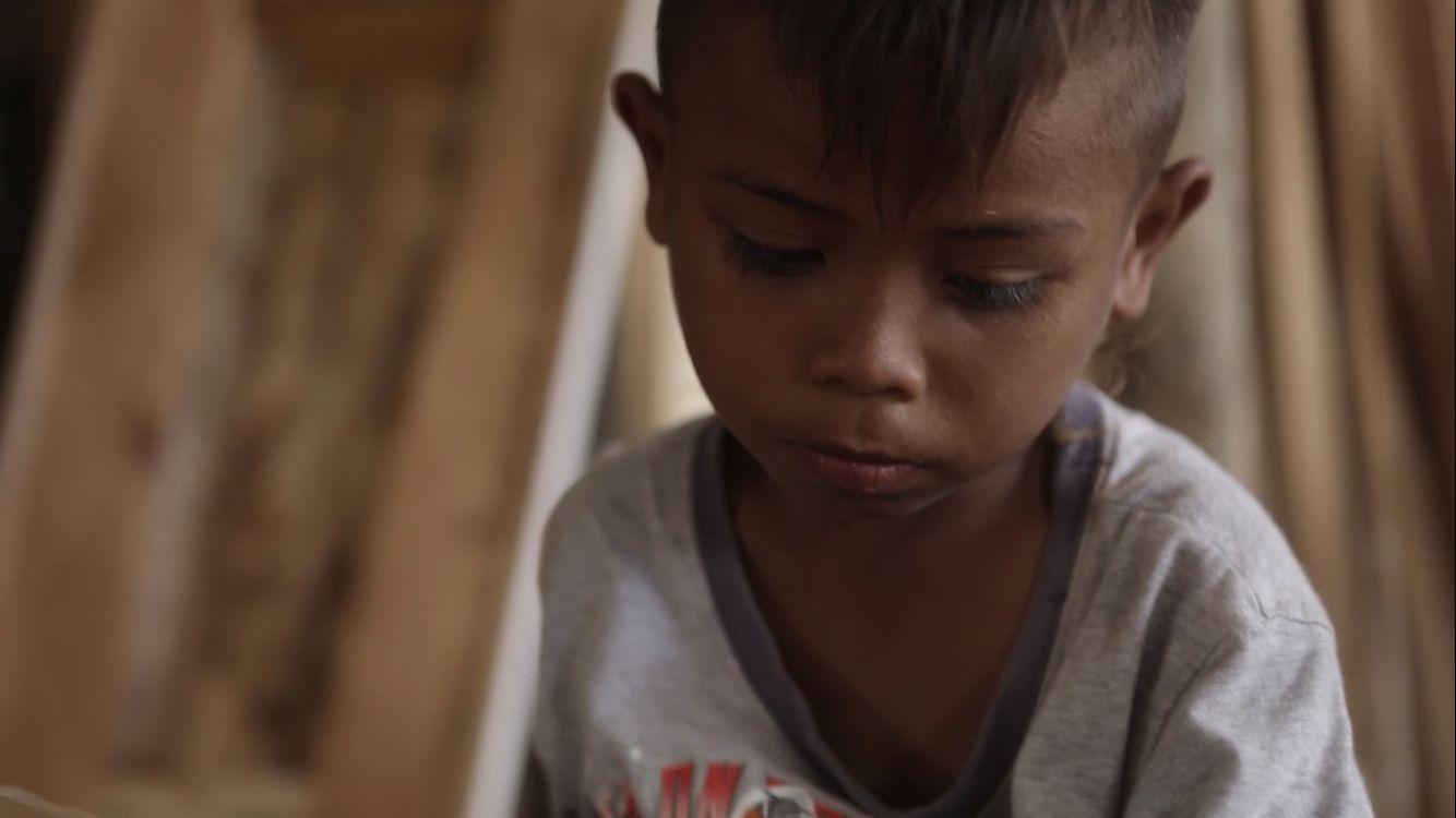 Riano, Bocah 7 Tahun asal Malaka yang Jago Pahat