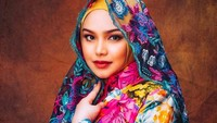 Ini Foto Perdana Bayi Siti Nurhaliza