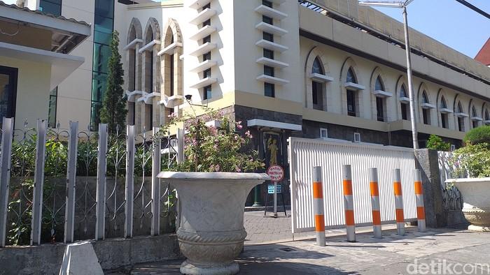 Gereja Santa Maria Tak Bercela Surabaya