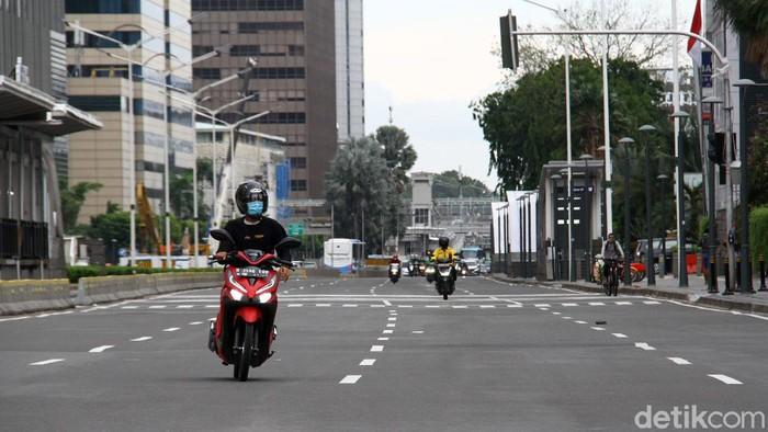 Libur Natal dan tahun baru kerap dimanfaatkan warga untuk pergi ke luar kota. Seperti apa kondisi arus lintas di kawasan Jakarta saat momen libur nataru?
