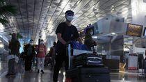 Potret Puncak Arus Mudik Nataru di Bandara Soetta