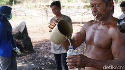 Tuak Khas Malaka Wajib Ada di Upacara Adat, Tak Diizinkan Pemerintah