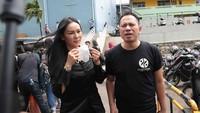 Kalina Oktarani Nangis, Vicky Prasetyo Minta Restu Deddy Corbuzier