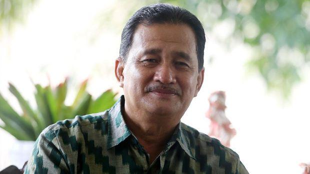 Bupati Kapuas Hulu AM Nasir saat diwawancarai bersama detikcom dalam program Tapal Batas bersama BRI di pendopo atau kediaman dinasnya, Putussibau, Kapuas Hulu, Kalimantan Barat.