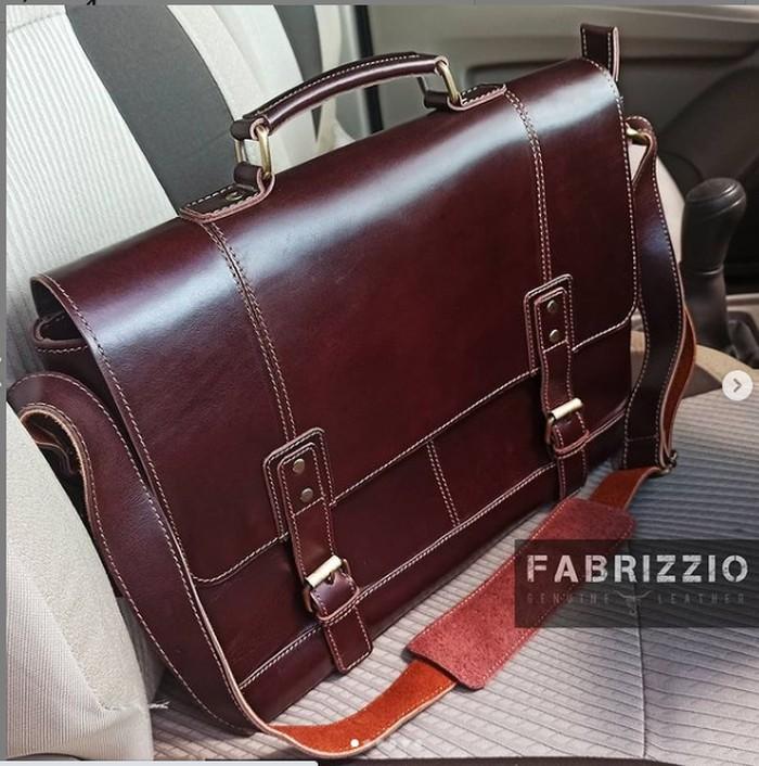Fabrizzio Store.