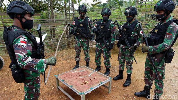 Satuan Tugas Pengamanan Perbatasan (Satgas Pamtas) Republik Indonesia-Malaysia di Badau, Kalimantan Barat kini digawangi oleh Yonif 407/Padma Kusuma.