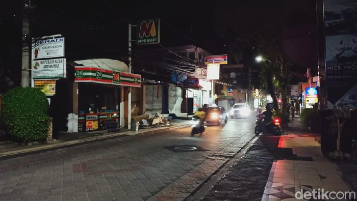 Legian Bali sangat sepi dampak Pandemi Virus Corona.