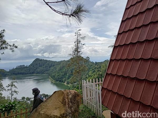 Lokasi NAP berjarak satu hingga dua kilometer dari Telaga Ngebel.