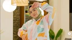 9 Fakta Rachel Vennya, Usai Lepas Hijab Kini Bicara Cerai