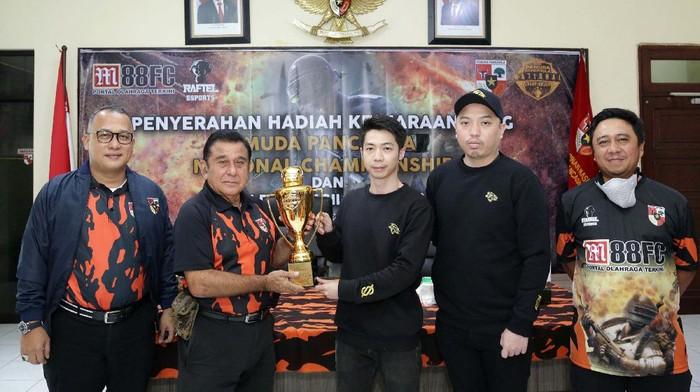 Sebanyak 888 tim mengikuti kejuaraan PlayerUnknown's Battlegrounds (PUGB). Acara ini digelar oleh Pemuda Pancasila.