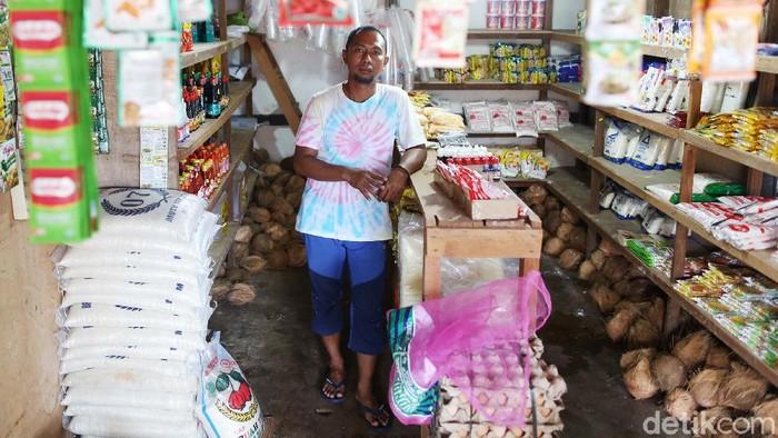 Berhenti jadi sopir Taksi, Bang Ipit alias Zaldi memilih untuk berjualan bumbu dapur di daerah perbatasan Indonesia-Malaysia. Kini, ia pun terbilang berhasil karena sudah punya toko sembako.