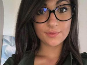 Berpakaian Terlalu Seksi, Wanita Ini Sampai Diusir dari Restoran