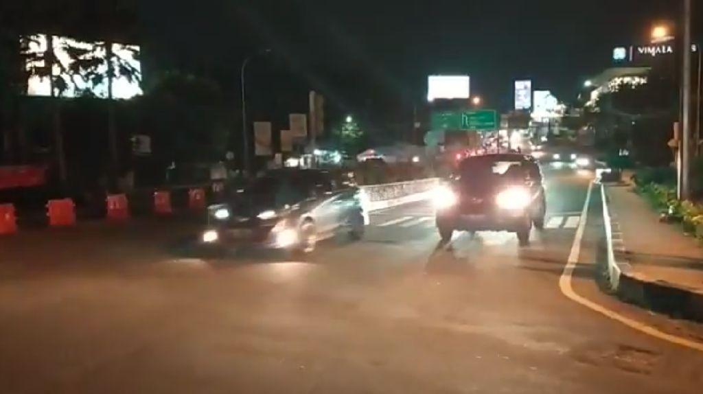 Tinjau Lalin Simpang Gadog, Kakorlantas: 24 Ribu Kendaraan Tinggalkan Puncak