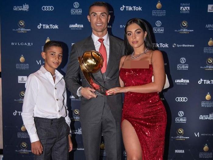 Goergina Rodriguez dan Cristiano Ronaldo