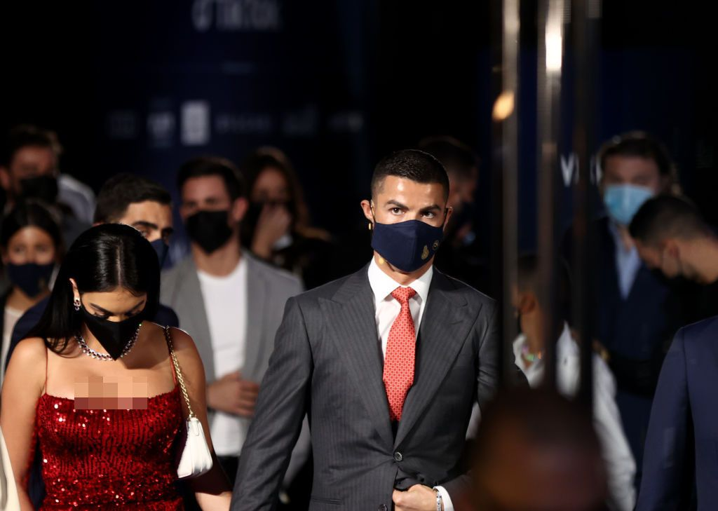 DUBAI, UNITED ARAB EMIRATES - DECEMBER 27: Cristiano Ronaldo attends the Dubai Globe Soccer Awards at Armani Hotel Dubai on December 27, 2020 in Dubai, United Arab Emirates. (Photo by Francois Nel/Getty Images)