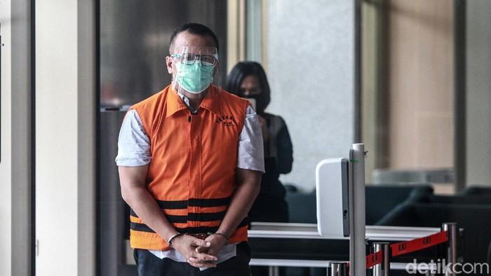 Eks Menteri KKP Edhy Prabowo diperiksa KPK. Seperti diketahui, Edhy merupakan salah satu tersangka dalam kasus suap ekspor benih lobster itu.